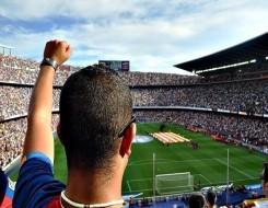 العرب اليوم - ميسي يستمر مع برشلونة حتي يونيو 2023 وإغرائه بالبرازيلي نيمار