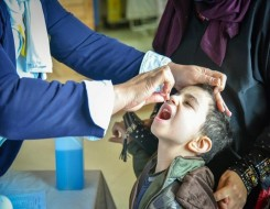 العرب اليوم - الإمارات تدعم باكستان ضد شلل الأطفال بـ583 مليون جرعة تطعيم
