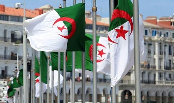 العرب اليوم - قوات الأمن الجزائرية تضيّق مساحات الاحتجاج على المتظاهرين بهدف إنهاء الإحتجاجات قبل انتخابات البرلمان المبكّرة