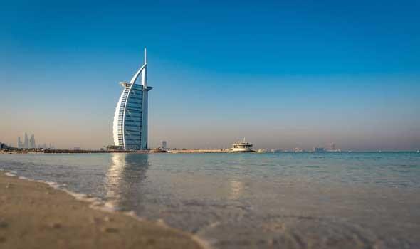 الإمارات تطلق الجيل الجديد من بطاقة الهوية
