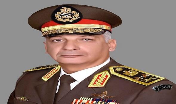 وزير الدفاع المصري يتوجه إلى موسكو لبحث تعزيز العلاقات العسكرية مع روسيا