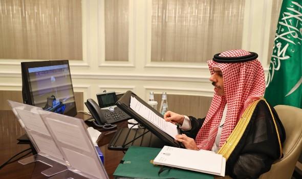 وزيرا خارجية السعودية والجزائر يبحثان التطورات الإقليمية والدولية