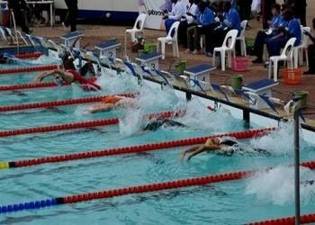 العرب اليوم - وزيرة الرياضة التونسية تتدخل بعد سخرية صحيفة أمريكية من السباح التونسي الحفناوي