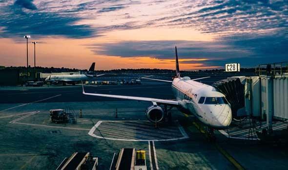العرب اليوم - مطار معيتيقة الدولي في طرابلس يعلن وصول طائرة القذافي