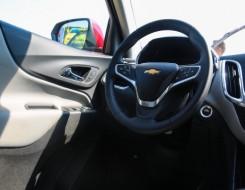 العرب اليوم - فورد تستدعي آلاف السيارات من طراز إكسبلورر بسبب قضبان تثبيت السقف