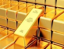 العرب اليوم - الذهب والنفط رحلة الهرب إلى القمة على حساب الدولار