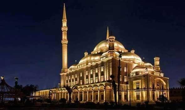 الملياردير الإماراتي  خلف الحبتور يوجه رسالة إلى مصر عن صعوبة دخوله قلعة محمد علي