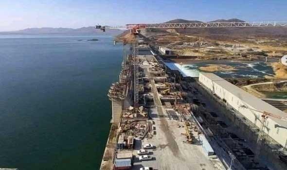 وزير الري المصري يؤكد على أستغلال مخزون السد العالي لتعويض الملء الثاني