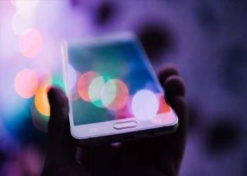 العرب اليوم - هاتف متطور لشبكات 5G يكتسح الأسواق هذا العام