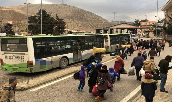 العرب اليوم - العسكريون الروس يقدمون مساعدات إنسانية لبلدة الشيخ عجيل شرقي سوريا