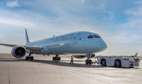 العرب اليوم - الإمارات تحظر دخول الرحلات الجوية القادمة من ليبيريا وسيراليون وناميبيا بدءا من الإثنين