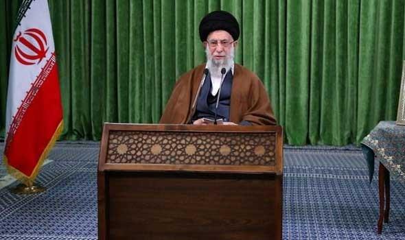 العرب اليوم - خامنئي يصف كلام ظريف بكلام اعداء وواشنطن تنفي الاتفاق مع طهران في فيينا