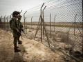 العرب اليوم - الشرطة الإسرائيلية تعتقل شخصين مسلحين بالسكاكين عبرا من الأردن
