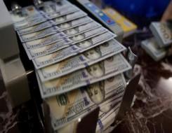 العرب اليوم - الدولار يرتفع وسط قلق المستثمرين جراء إصابات كورونا
