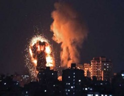 العرب اليوم - إسرائيل تقصف «130 هدفاً عسكرياً» في غزة وتقتل 15 ناشطاً