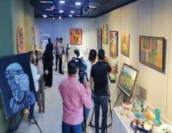 العرب اليوم - رسامون يفجرون مواهبهم على جدران شوارع الرباط بألوان تتحدى جائحة كورونا