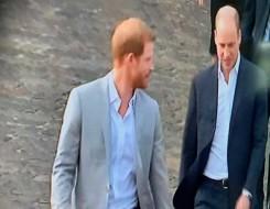 العرب اليوم - العائلة المالكة تضيف ابنة الأمير هاري لقائمة الخلافة بعد أسابيع من ولادتها