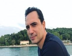 العرب اليوم - باسل خياط يبكي أمام ظافر العابدين ويكشف عن رسالة والده التي أثرت فية