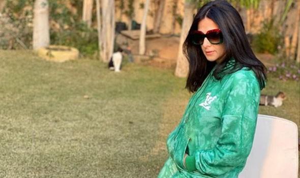 حقيقة إنهاء دنيا سمير غانم للحداد والعودة لتصوير عالم موازي