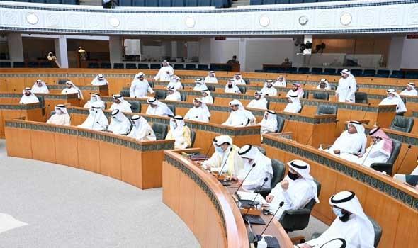 الحكومة الكويتية توضح أسباب عدم حضورها جلسة البرلمان