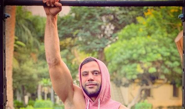 محمد عادل إمام يتعاقد على فيلم سينمائي جديد