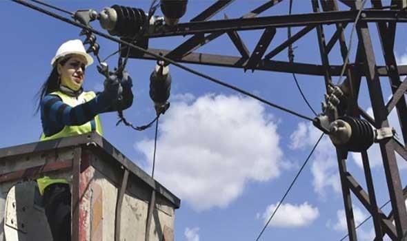 غضب عام  بسبب أزمة الكهرباء العراقيين يحتجون  على انقطاعها  وبلدهم  يملك أكبر احتياطي من النفط