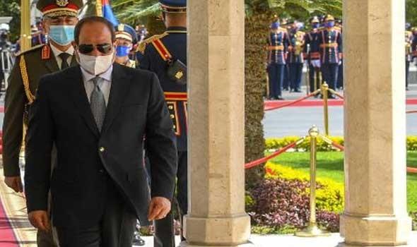 السيسي يؤكد لرئيس وزراء إسرائيل دعم مصر للتوصل إلى حل عادل ودائم بين إسرائيل والفلسطينيين