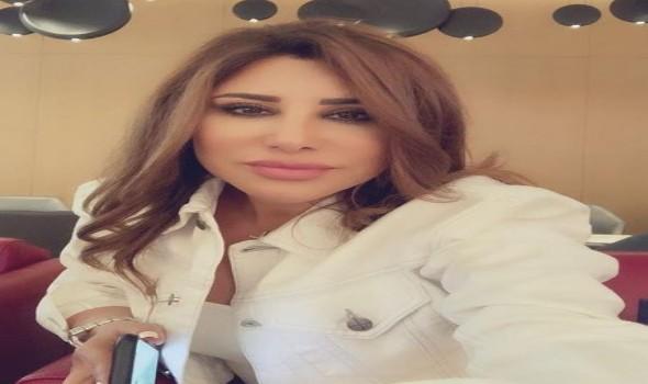 العرب اليوم - إطلالات نجوى كرم تبرز أنوثتها فساتين وكاجوال وكلاسيك