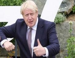 العرب اليوم - مذيع يطلب من رئيس الوزراء البريطاني التوقف عن الكلام خلال مقابلة متوترة