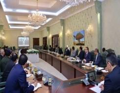 العرب اليوم - رئيس الوزراء اليمني يدعو المنظمات الأممية والدولية لإغاثة النازحين والمدنيين في مأرب