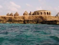 """العرب اليوم - فريق عماني يكشف خفايا """"بئر برهوت"""" في اليمن الذي حيكت حوله الخرافات منذ آلاف السنين"""