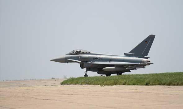 """روسيا تعيد طائرات """"سو-25"""" إلى قاعدتها في قرغيزستان بعد مناورات على الحدود الأفغانية"""