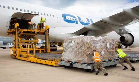 العرب اليوم - وصول أول طائرة قطرية محملة بمساعدات غذائية للجيش اللبناني إلى بيروت