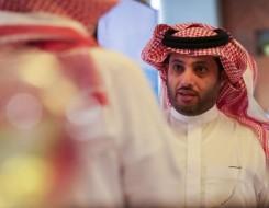 """العرب اليوم - تركي آل الشيخ يكشف عن غلاف روايته """"تشيللو"""" ينافس بها في معرض الرياض"""