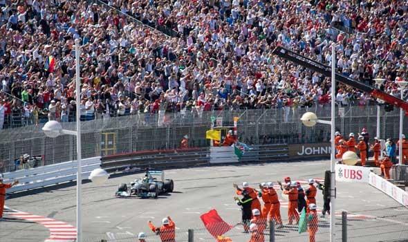 العرب اليوم - إتحاد السيارات السعودي يبني أضخم مجسم لفورمولا 1 في العالم