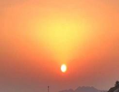 العرب اليوم - ظهور الأضواء الشمالية في شمال إفريقيا سيحدث إذا ضرب توهج شمسي ضخم الأرض