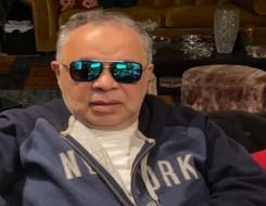 العرب اليوم - أشرف زكي يتسلم تكريم سمير غانم بدلًا من عائلته في ملتقي القاهرة الدولي للمسرح