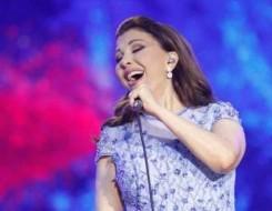 العرب اليوم - أول تعليق من ماجدة الرومي بعد إغمائها على المسرح ويسرا تطمئن الجمهور عليها