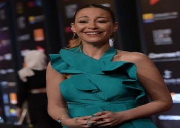 العرب اليوم - منة شلبي تدخل سباق جوائز إيمي التلفزيونيّة