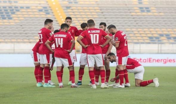 العرب اليوم - الأهلي المصري يعلن رحيل  اللاعب مروان محسن