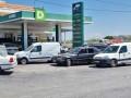 العرب اليوم - طوابير طويلة أمام محطات الوقود  ورفع جديد لسعر البنزين في لبنان