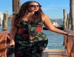 العرب اليوم - درة تتألق في مدينة البندقية بإطلالات أنيقة