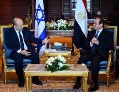 العرب اليوم - في زيارة أحيطت بسرية بينيت رئيس وزراء اسرائيل في شرم الشيخ يلتقي  الرئيس السيسي لإحياء عملية السلام