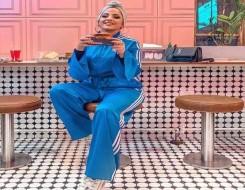 العرب اليوم - أفكار لإطلالات المحجبات باللون الأزرق لخريف 2021