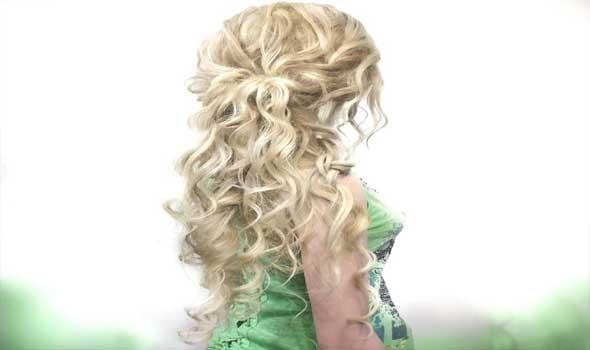 العرب اليوم - وصفات طبيعية لترطيب الشعر المجعد من الزيوت الساخنة و بذور الحلبة